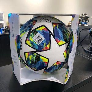 NEW ADIDAS UEFA CHAMPIONS LEAGUE SEASON 2019/2020